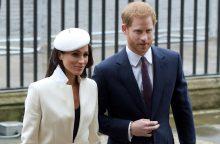 Princas Harry su žmona M. Meghan pradėjo vizitą Australijoje