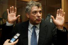 Suimtas Ispanijos futbolo federacijos vadovas paliekamas areštinėje