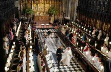 Karališkųjų vestuvių šventė suvienijo susiskaidžiusią Didžiąją Britaniją