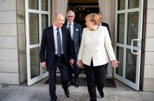 Berlynas: A. Merkel ir V. Putinas būtinai aptars situaciją Ukrainoje ir Sirijoje