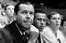 Garsus krepšinio treneris mirė sulaukęs 101 metų