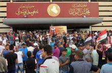 Irako parlamentas netikėtai uždraudė alkoholį