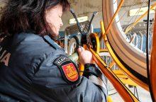 Policija Klaipėdoje pažymėjo 100 oranžinių dviračių
