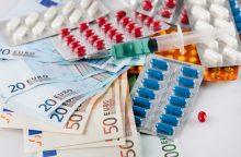 Ligoninės vaistus toliau perka brangiau, nei galėtų