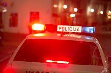 Kaune, BMW automobilyje, rastas vyras peršauta galva