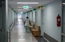 Ligoninėje mirė iš antro aukšto nukritusi moteris