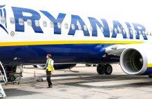 """Įsigaliojo naujos """"Ryanair"""" rankinio bagažo taisyklės"""