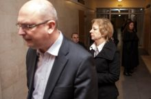 Odontologijos klinikoje žuvusios pacientės sūnus teisiamajai atleido
