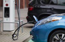 Elektromobilių revoliucijos teks palaukti
