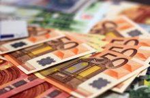 Keturi asmenys įtariami siekę iš banko pasisavinti 200 tūkst. eurų