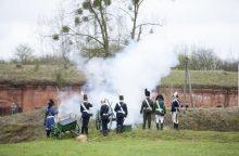 Salvėmis atidarytas fortų sezonas