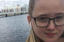 Švedų studentės pastangos sustabdyti afgano deportaciją užkariavo internetą