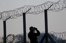 """Vengrija pradeda statyti """"išmanią"""" pasienio tvorą"""