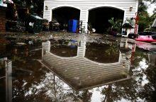 JAV pietryčiuose katastrofiški potvyniai grasina sugriauti užtvankas