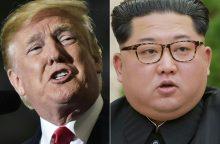 D. Trumpas: susitikimas su Kim Jong Unu gali būti atidėtas