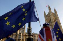 Britanijos vyriausybė svarsto pasiruošimus išstoti iš ES be sutarties