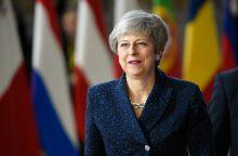 """ES lyderiai spaudžia Britanijos parlamentą patvirtinti """"Brexit"""" sutartį"""