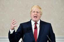 """""""Brexit"""" kampanijos veidas B. Johnsonas nesieks Britanijos premjero posto"""