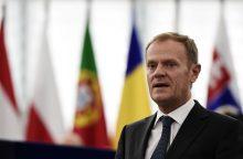 D. Tuskas: ES dar gali sudaryti prekybos sutartį su Kanada