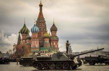 Mažėja Rusijos karinis biudžetas: ką tai reiškia?