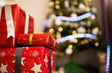 Apklausa: lietuviai po Kalėdų eglute labiausiai nenorėtų rasti statulėlių