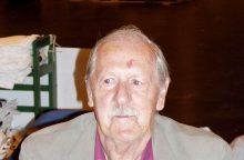 Mirė britų mokslinės fantastikos rašytojas B. Aldissas