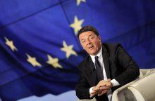 Italijos premjeras dėl migrantų grasina vetuoti ES biudžetą