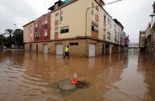 Per smarkių liūčių sukeltą potvynį Katalonijoje žuvo žmogus