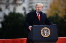 """Kremlius piktinasi D. Trumpo vadovaujamos Amerikos """"nenuspėjamumu"""""""