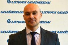 """Vyriausybės vicekancleris vadovaus """"Lietuvos geležinkelių"""" pirkimų centrui"""