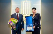 Ministrui pirmininkui S.Skverneliui – Tarptautinio olimpinio komiteto apdovanojimas