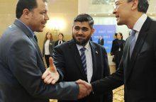 Pirmoji taikos Sirijoje derybų diena baigėsi be proveržio