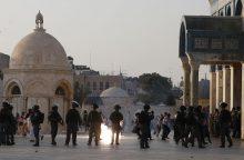 Jeruzalės šventykloje susirėmė Izraelio policininkai ir palestiniečiai