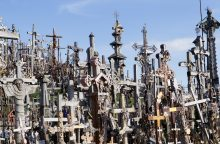 Prancūzijos kariai Kryžių kalne pastatė kryžių