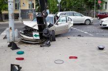 Seimas atvėrė kelią: pabrangęs automobilių draudimas gali brangti dar labiau