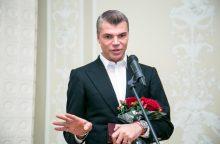 Vaikiški J. Statkevičiaus tautiniai kostiumai jau platinami savivaldybėse