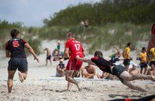Sparčiai populiarėjantis paplūdimio regbis drebins Smiltynės paplūdimį
