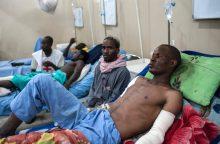 Nigerijos aviacijos subombarduotoje stovykloje liko 46 sunkiai sužeisti žmonės