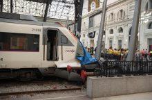 Traukinio avarija Barselonoje: sužeisti mažiausiai 54 žmonės <span style=color:red;>(papildyta)</span>