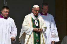 Popiežius Čilėje prakalbo apie vaikų seksualinio išnaudojimo skandalus