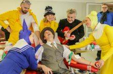 Spektaklių personažai ragino tapti kraujo donorais
