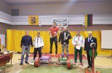 Jėgos trikovės čempionate – šūsnis medalių