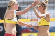 Dėl aukso kovėsi dvi Lietuvos paplūdimio tinklininkių poros