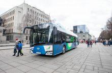 Elektriniai autobusai dar kelia įtarimų