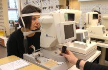Oftalmologijos profesorius pataria nevarginti akių