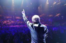 Laukiant J.-M. Jarre'o koncerto – 10 geriausių jo kompozicijų