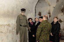 III forte – kariuomenės uniformų paroda