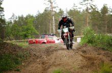 """""""Rally Raid"""" čempionatas: pirmas blynas neprisvilo"""
